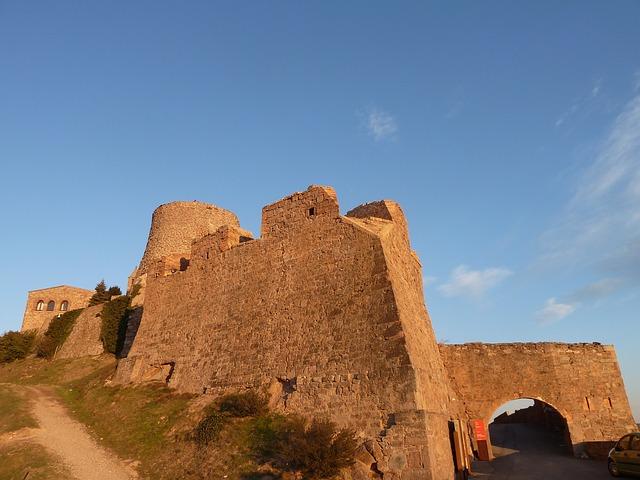castillo cardona (2)